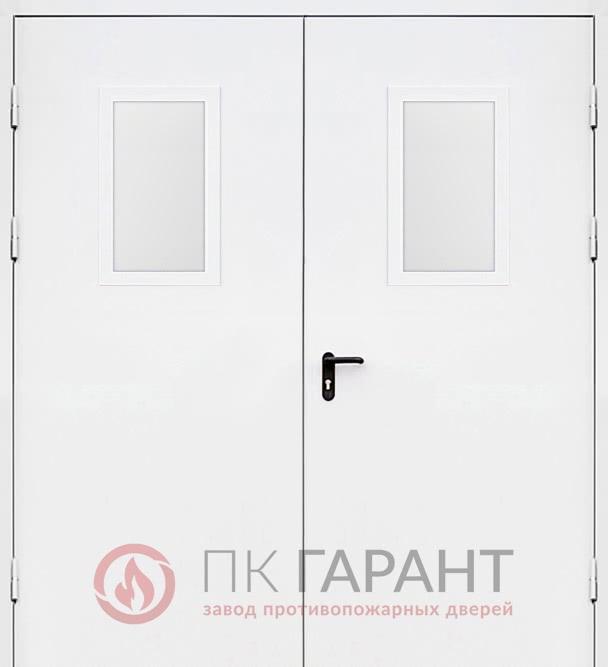 Металлическая входная дверь модели Двупольная ДПМ-02 EI-60 №23 с двойным остеклением 600×400 мм и системой «Антипаника», наружная сторона
