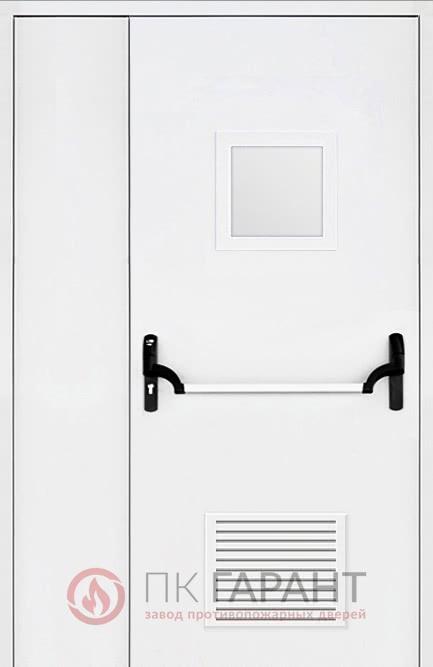 Металлическая входная дверь модели Полуторная вентиляционная (300×150 мм) ДПМ-02-В №37 EI-60 с замочной системой «Антипаника» и окном 300×400 мм, внутренняя сторона